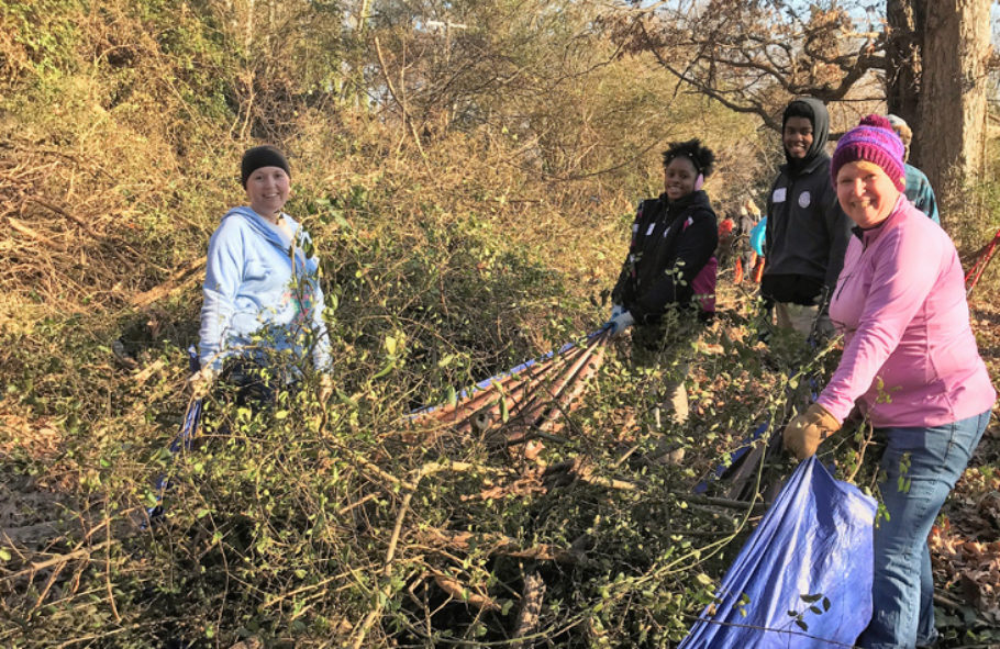 Inspired by MLK, volunteers pack the mountain