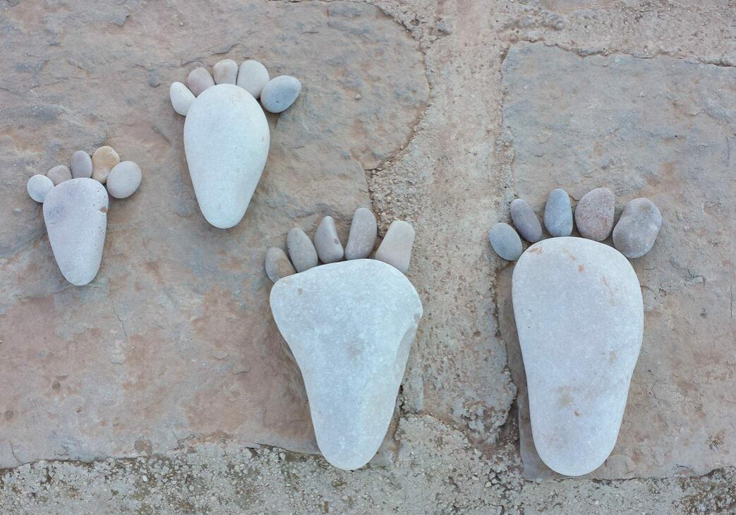 art with rocks