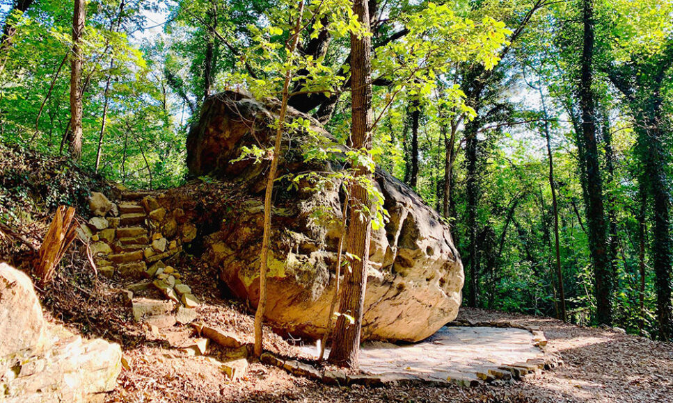 Lookout Mountain Conservancy's Bouldering Park Wins National Award